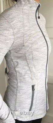 LULULEMON Size 4 Define Jacket Zip Up Luon Wee Stripe Gray White Run Yoga NWT