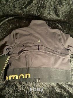 Limited Edition Lululemon Define Jacket Cropped Gold Black 8 (Medium)