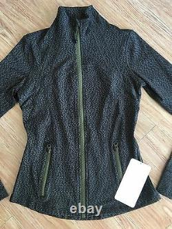 Lululemon OLIVE GREEN Define Long Sleeve Jacket. Size 6. Brand New With Tags