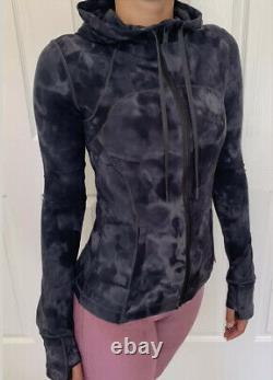 Lululemon Size 2 Define Hooded Jacket Nulu Dye Gray DDPG ZipUp Classic Forme