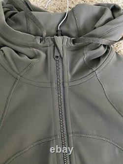 Lululemon Size 6 Define Hooded Jacket Nulu Gray Green Sage Zip Up NWT