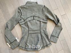 Lululemon Women's Define Jacket Luon AZZI Greenish Grey Size 8
