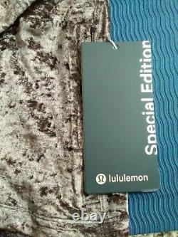 NEW LULULEMON Define Hooded Jacket Crushed Velvet 8 French Press