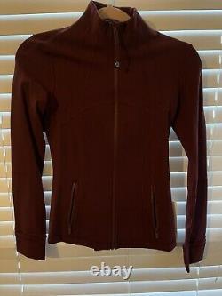 NWT Lululemon Define Jacket Size 4 Maroon
