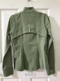 NWT lululemon define jacket size 12 Willow Green