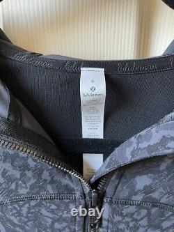 New W Tag Lululemon Define hoodie jacket in black camo cheetah- Rare Size 6