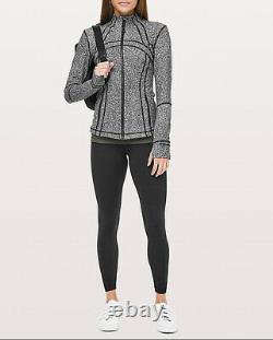Lululemon Définir La Taille De La Veste 6 Luminesce Splatter Noir Blanc T.n.-o. Yoga Gym Top