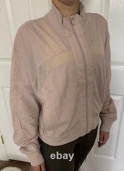 Lululemon Taille 8 Servez-le Veste Muse Muus Zip Up Forme Définir Highneck Light