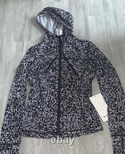 Nwt Lululemon Définir Veste À Capuchon Nulu Taille 4 Noir-blanc Super Softsold Out