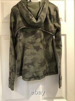 Nwt Lululemon Veste À Capuche Nulu Heritage 365 Camo Green Multi Size8